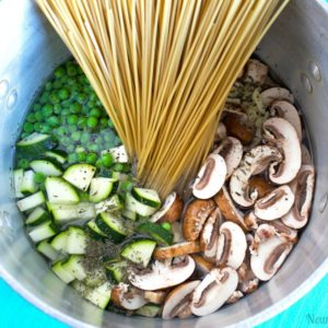 One Pot Vegan Mushroom Pasta - So easy delicious and healthy. Perfect go to for a healthy new year meal! NeuroticMommy.com #vegan #plantbased #onepot