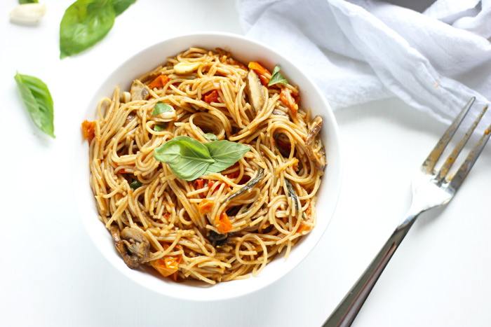 Capellini in Tomato and Garlic Sauce