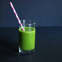 Orange You Bananas Green Smoothie. A revitalizing smoothie loaded with vitamin C, antioxidants, has a smooth texture and sweet flavor. A sure morning hit! #mydailygreensmoothie. neuroticmommy.com