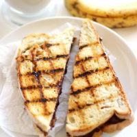Grilled-Peanutbutter-Banana-Chocolate-Sandwich4
