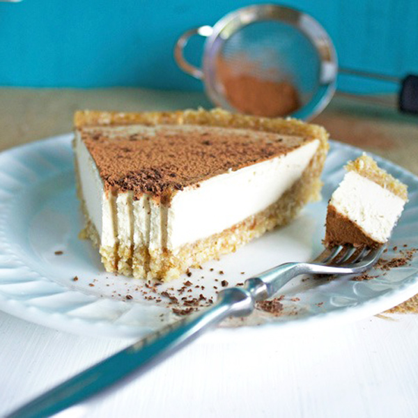 Vanilla Macadamia CheesecakeThis Raw Creamy Vanilla Macadamia Cheesecake is just what Thanksgiving ordered. Decadent, rich and super relish! NeuroticMommy.com #vegan #thanksgiving #cheesecake