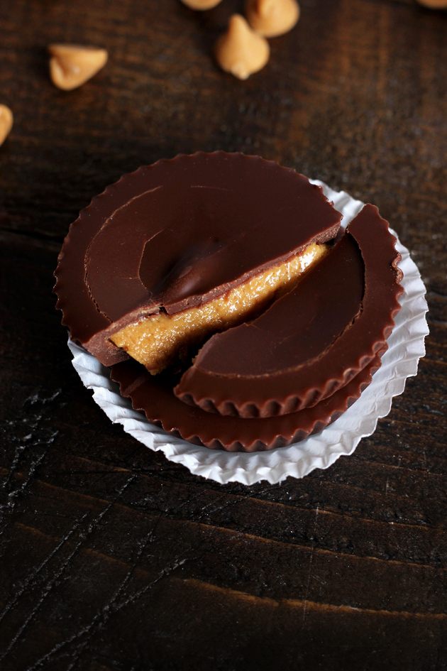 Skinny Peanut Butter Cups - Delicious creamy dessert you can dig your spoon right into and feel good about. Any nut butter can be substituted. NeuroticMommy.com #vegan #healthy #snacks