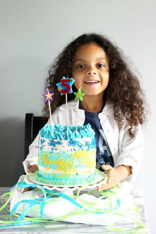 Vegan Vanilla Birthday Cake - Celebrate any special occasion with this perfectly fluffy and moist cake without having to use eggs or dairy! NeuroticMommy.com #vegan #birthdaycake