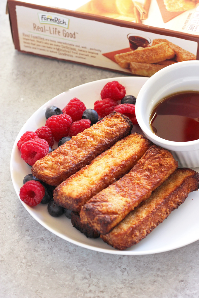 Easy Baked French Toast Sticks On the Go - Easy on the go breakfast for adults or kids! NeuroticMommy.com #vegetarian #breakfast