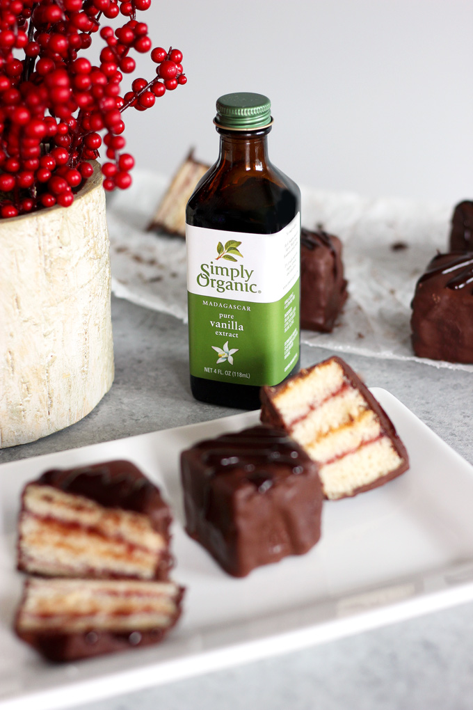 Easy Vegan Petit Fours - Set the table with organic moments making easy, delicious desserts your whole family can get in on! NeuroticMommy.com #vegan #holidays #organic #family