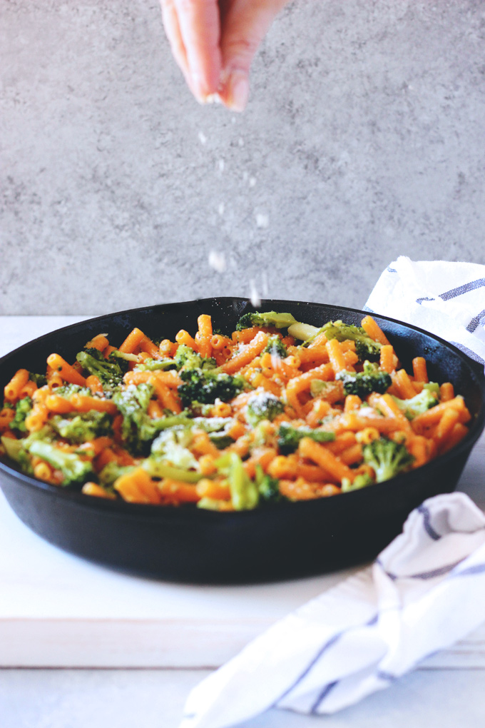 Lentil Pasta With Vegan Butter & Garlic Sauce - Protein packed lentil pasta with broccoli in a vegan butter and garlic sauce. Made in 15 minutes! A weeknight favorite. NeuroticMommy.com #vegandinners #plantbased #healthy