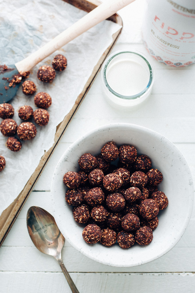 Homemade vegan cocoa puffs neuroticmommy homemade vegan cocoa puffs 4 ingredient chocolatey cereal thats naturally sweetened and perfect for breakfast ccuart Choice Image