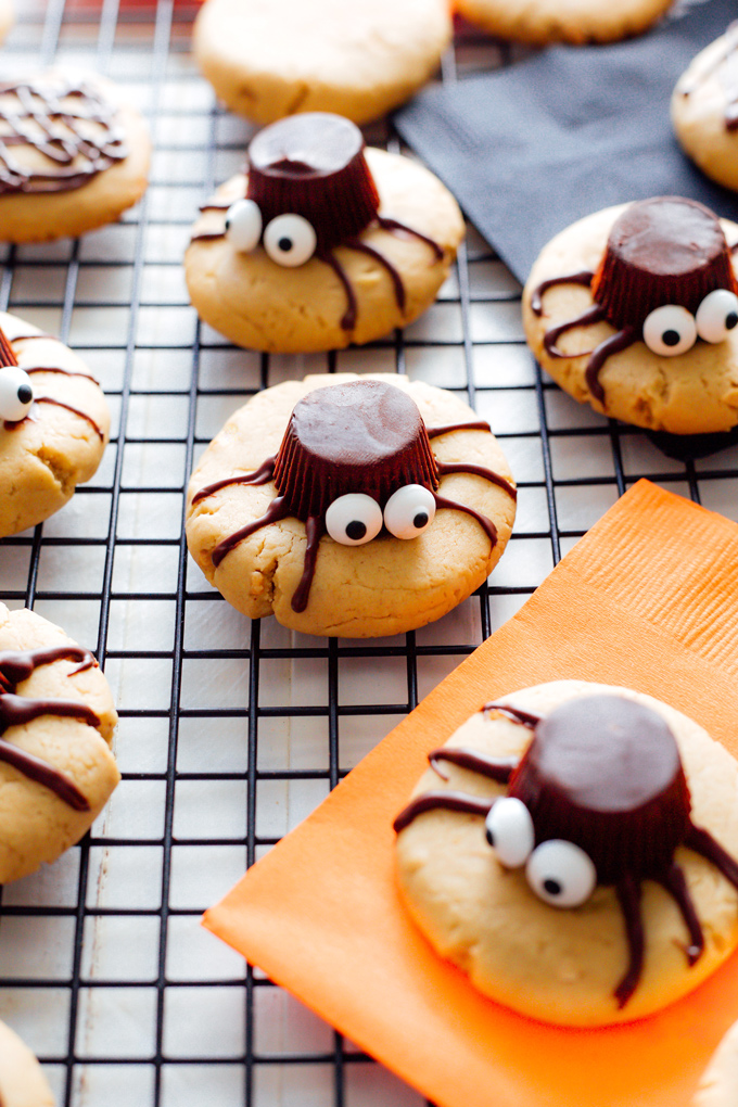 Spooky Spider Cookies   NeuroticMommy