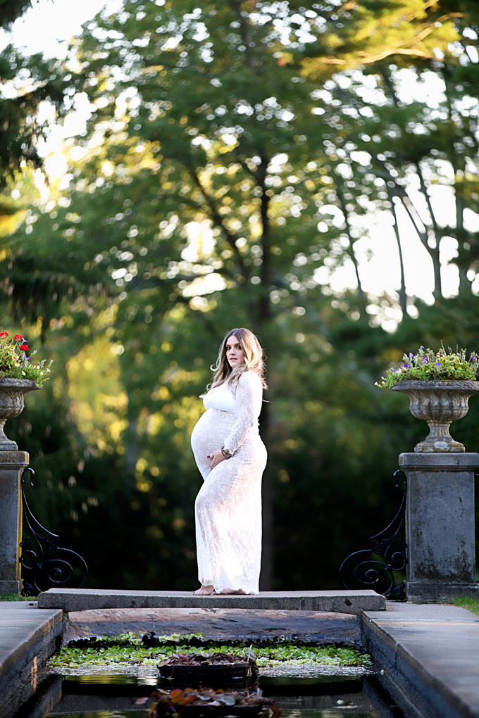 My Maternity Shoot and Body Image While Pregnant - Jennifer speaks up about weight gain, stress, and the worry that goes into pregnancy and how she finds that mind, body, and spirit balance. NeuroticMommy.com #maternityshoot #maternity #motherhood #pregnancy