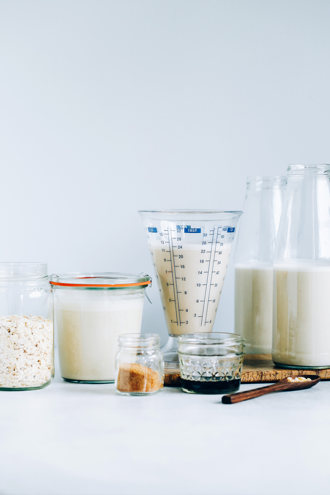 How to Make Oat Milk - A super quick and easy way to make your own homemade Oat Milk! Enjoy this creamy sweet deliciousness in your morning coffee or ontop of some crunchy granola. NeuroticMommy.com #oatmilk #vegan