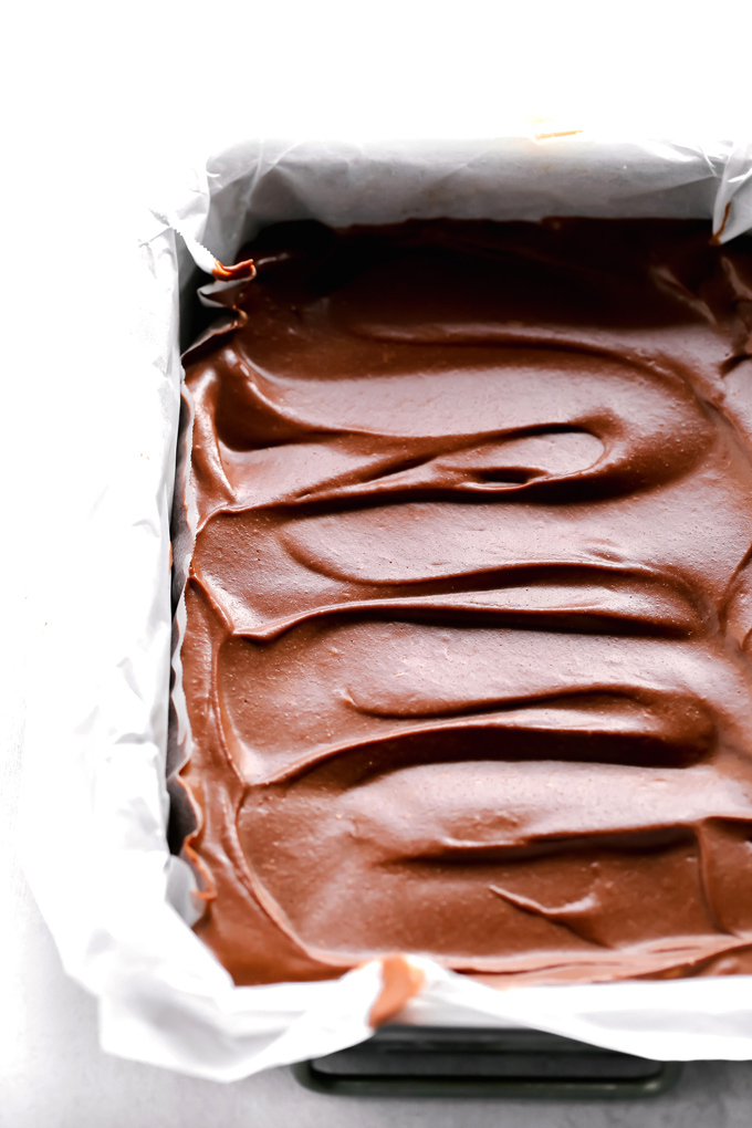 Vegan Chocolate Zucchini Cheesecake - The healthy, triple chocolate treat you've been waiting for. Rich, decedent, super chocolatey, and loaded with sneaky veggies. You would never know! NeuroticMommy.com #vegancheesecake #chocolatecheesecake #desserts
