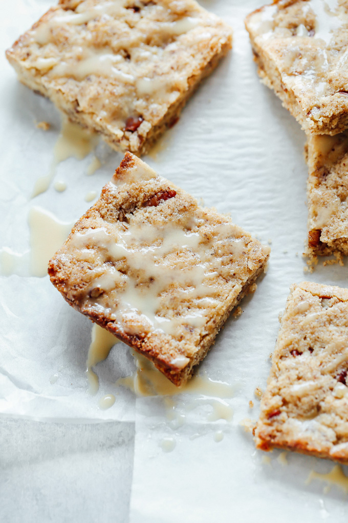 Vegan Keto Butter Rum Pecan Blondies for the win! These melt in your mouth blondies will not knock you out of ketosis and are the perfect sweet treat. NeuroticMommy.com #veganketo #keto