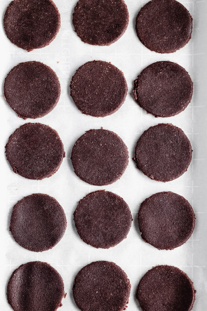Vegan Keto Thin Mints - Draped in a chocolate minty coating you can enjoy the famous girl scout cookies everyone loves made vegan and keto friendly! NeuroticMommy.com