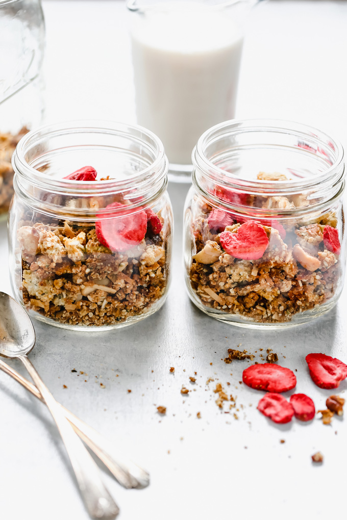 Mixed Nut and Hempseed Cereal - This vegan keto cereal will give you all the morning feels as it's even better than the sugary boxed stuff. I'm so excited for you to give this a go! NeuroticMommy.com #veganketo #vegan #keto #cereal